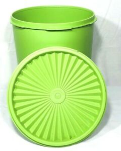 Tupperware-Servalier-Container-Canister-Green-Round-7-5-034-Vintage-807-7