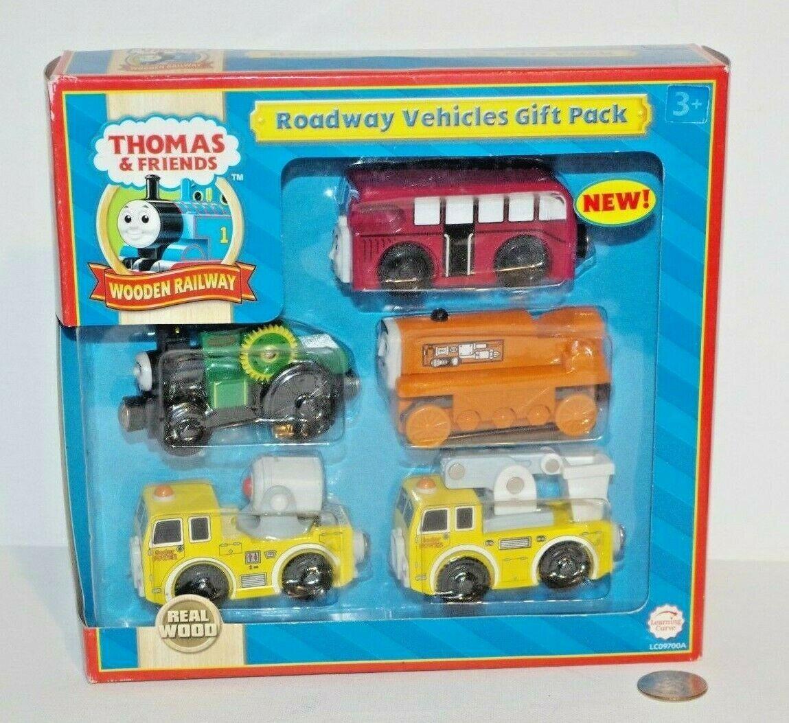 Thomas & Friends Friends Wooden Railway Train Tank Engine NEW Roadway Vehicles Gift Pack