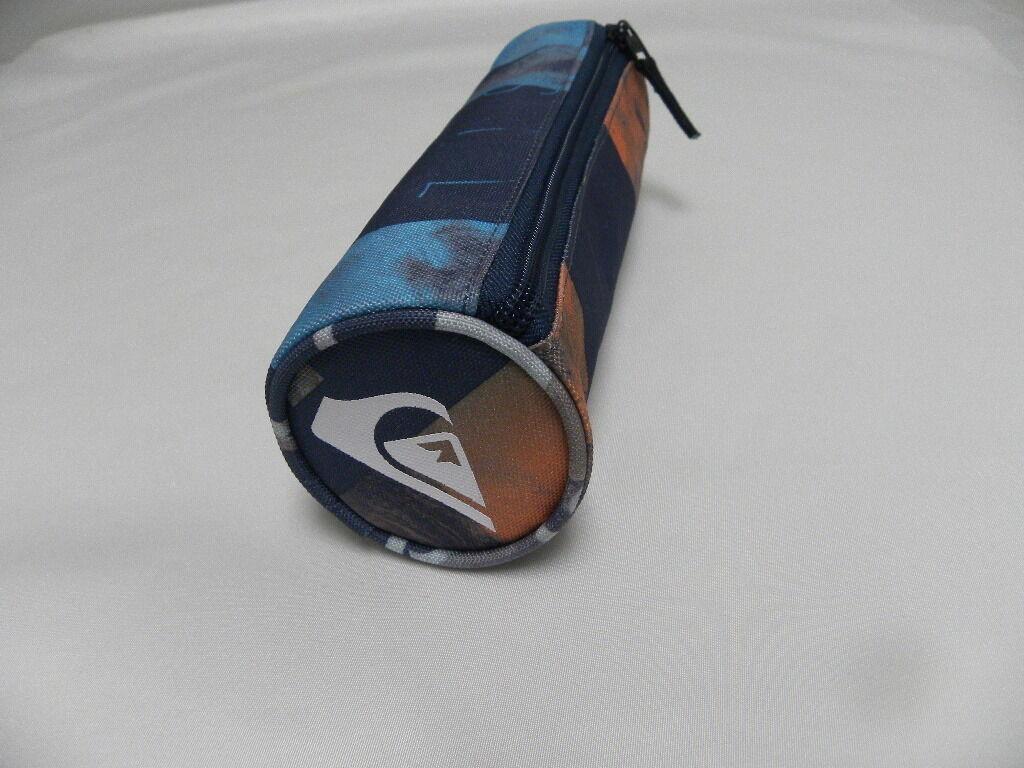 QUIKSILVER NEW Men/'s Tasmen Pencil Case Bijou Blue BNWT