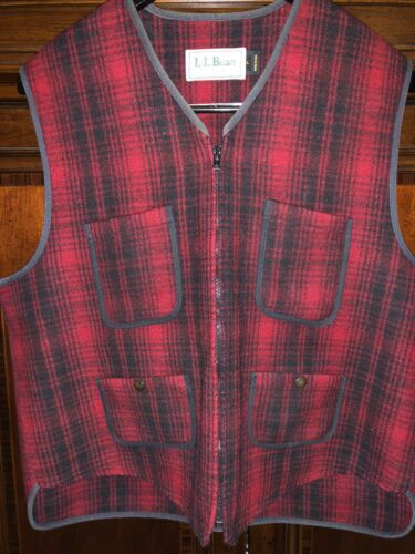LL Bean Buckleback Hunting Vest Buffalo Check Size