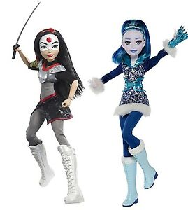 "DC SUPER HERO GIRLS Frost 12/"" Action Doll"