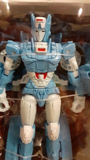 Transformers War For Cybertron Siege Chromia
