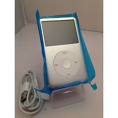 Apple iPod Classic 7th Generation Silver (120GB) (Latest Model)