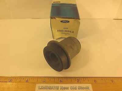 FRONT SUSPENSION UPPER ARM SHAFT FORD 1979 /& 1980//1989 CROWN /& MARQUIS BUSHING
