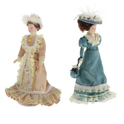 1:12 Scale Porcelain Dolls People Victorian Lady in Green Lace Gown /& Hats