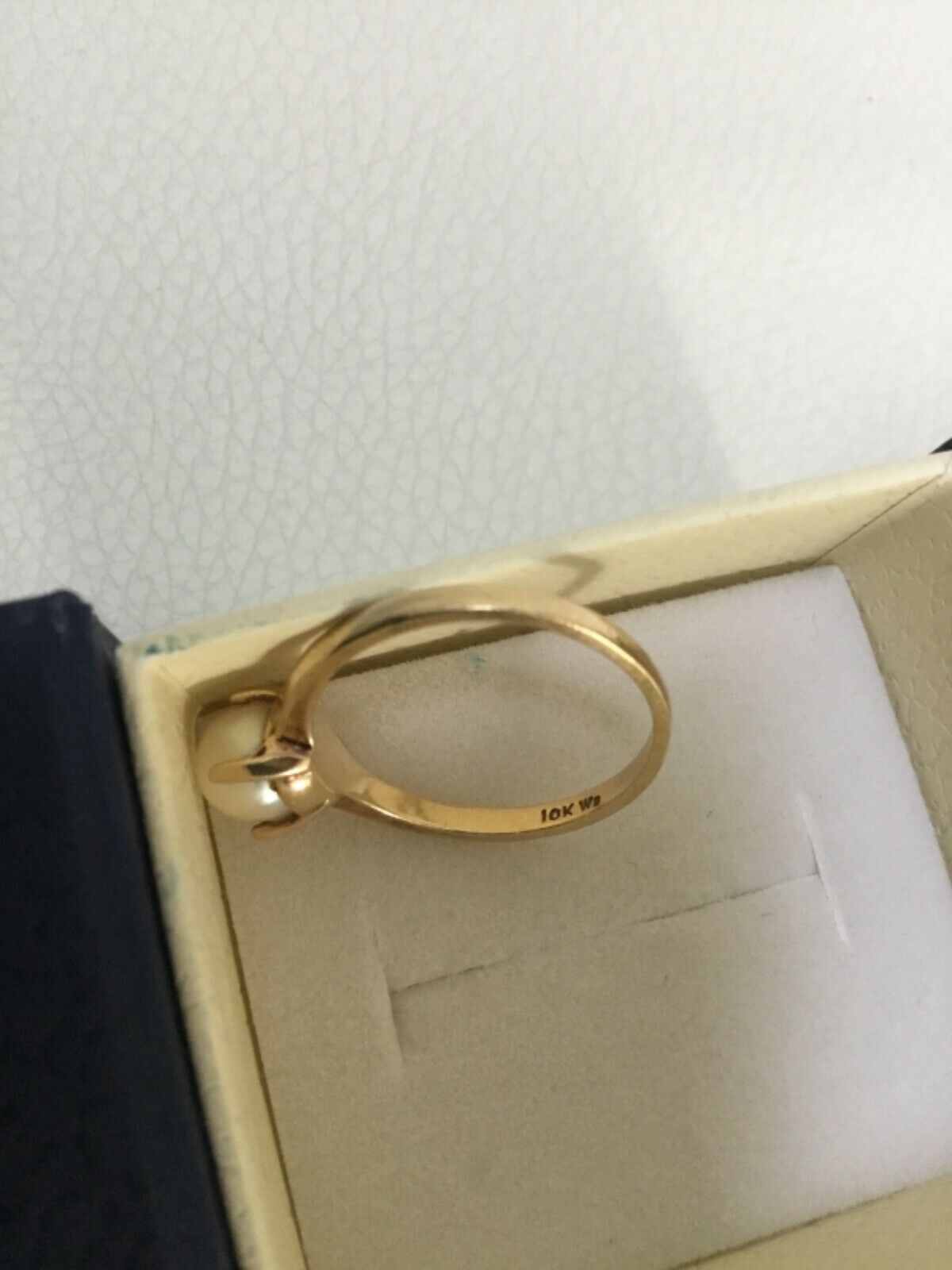 Vintage 10k gold and pearl - image 2