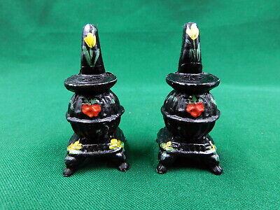 Vintage cast iron pot belly stove salt /& pepper set