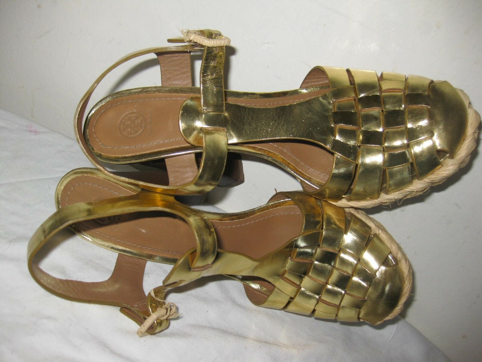 Tory Burch Leather jaune or Heel Heel Heel Woven Sandals chaussures Taille 8 M c38192