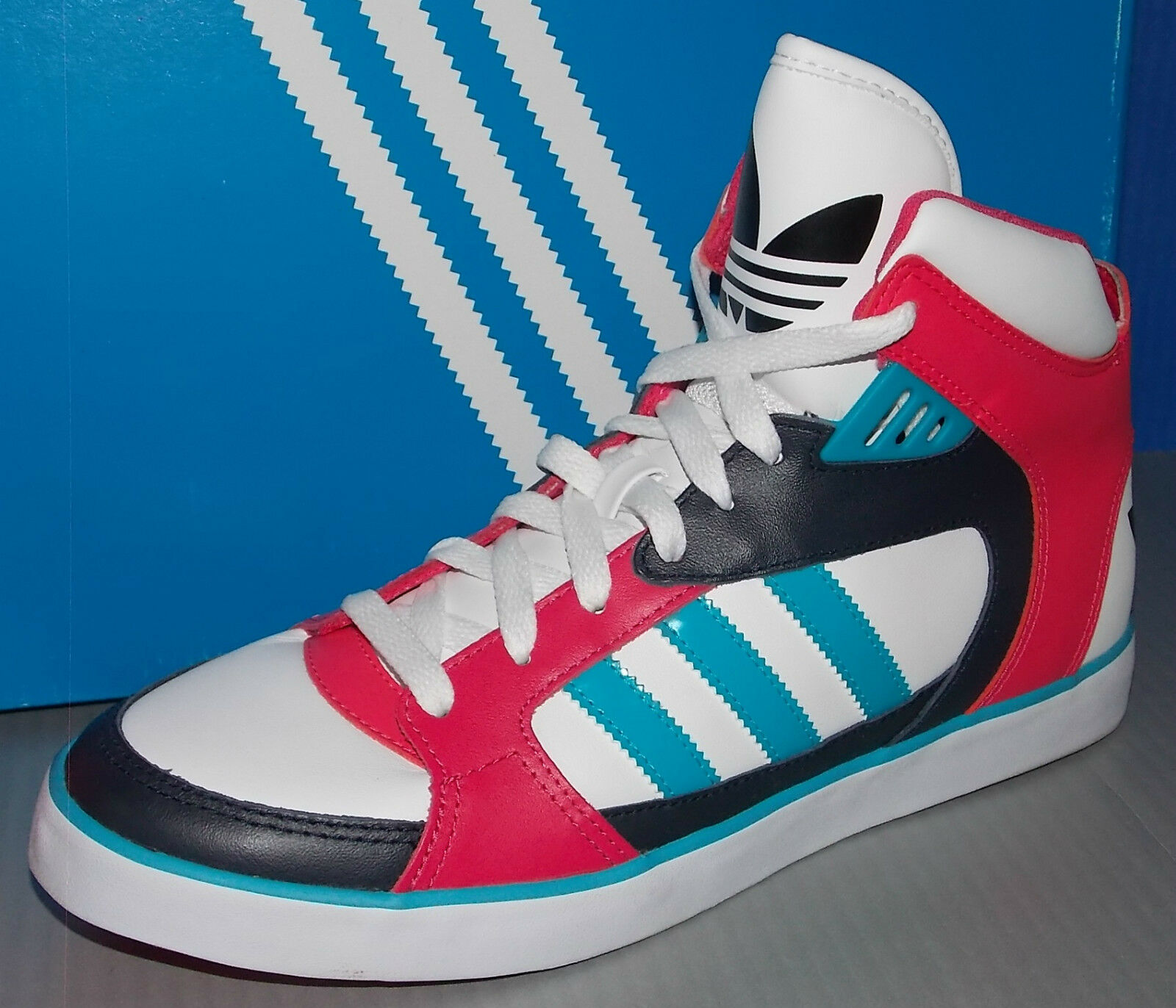 WOMENS ADIDAS AMBERLIGHT W in colors WHITE / TURQUOISE / LEG INK SIZE 6