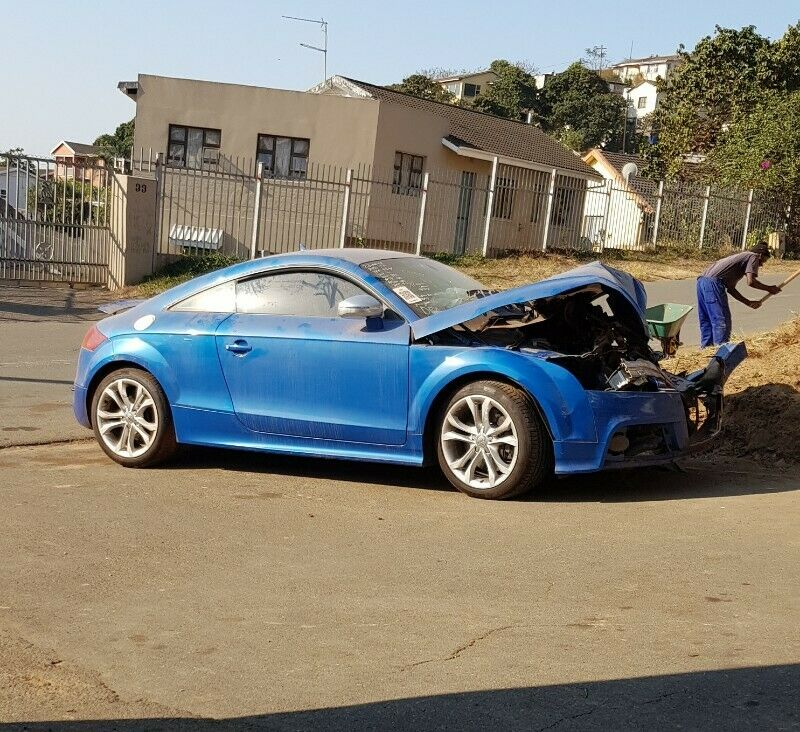 2009 Audi TTS stripping for spares