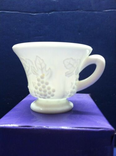 Vintage Milk Glass Grape Pattern Coffee Cup Tea Mug