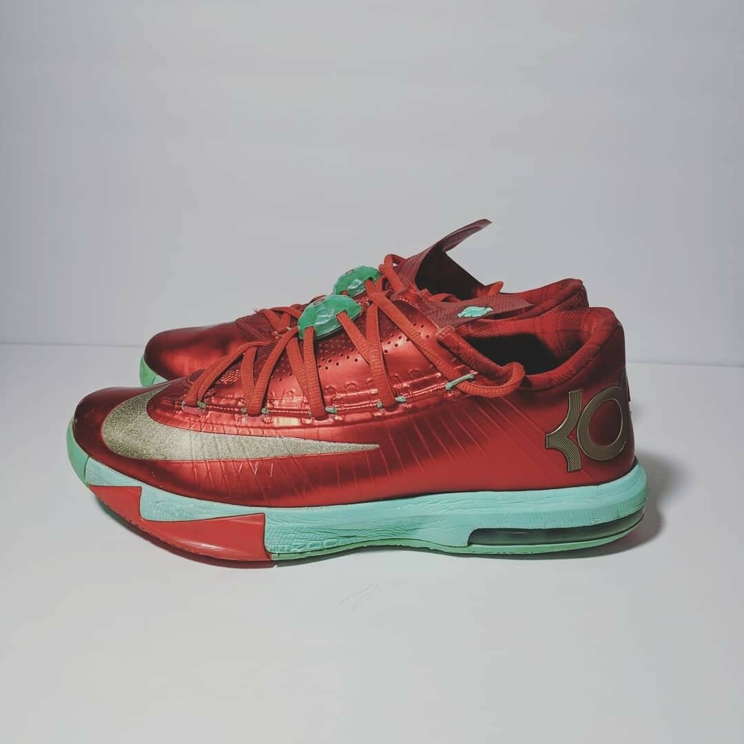 ad5a2e082f36 ... Men s Sz 10 Nike KD VI 6 Kevin Durant Durant Durant Christmas Red Green  Gold  Popular New ...