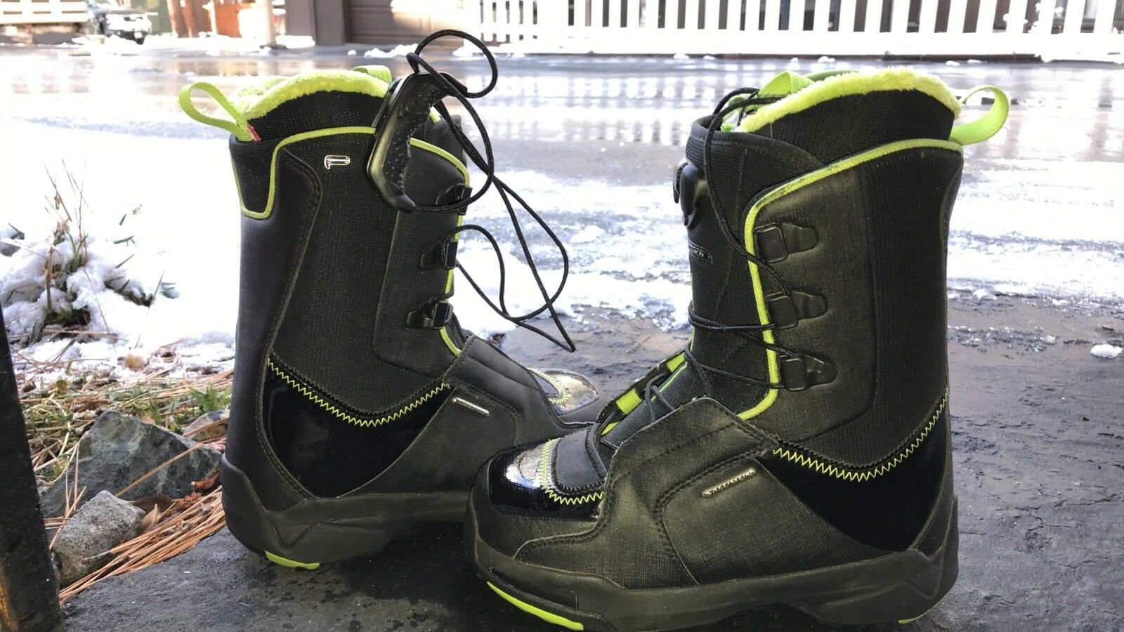 Womens Snowboard boots Size 6.5