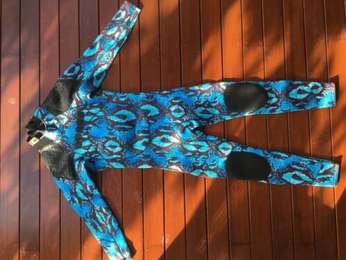 Awesome DUNES Snake Skin 32mm Smer Full Wetsuit SIZE S RRP $324.95!