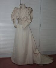 LATE VICTORIAN DAY DRESS IN CORDED SILK c. 1895-89, Collectors, historic costume