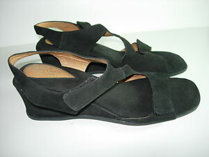 WOMENS-BLACK-LEATHER-CLARKS-ARTISAN-OPEN-TOE-SANDALS-COMFORT-SHOES-SIZE-10-N