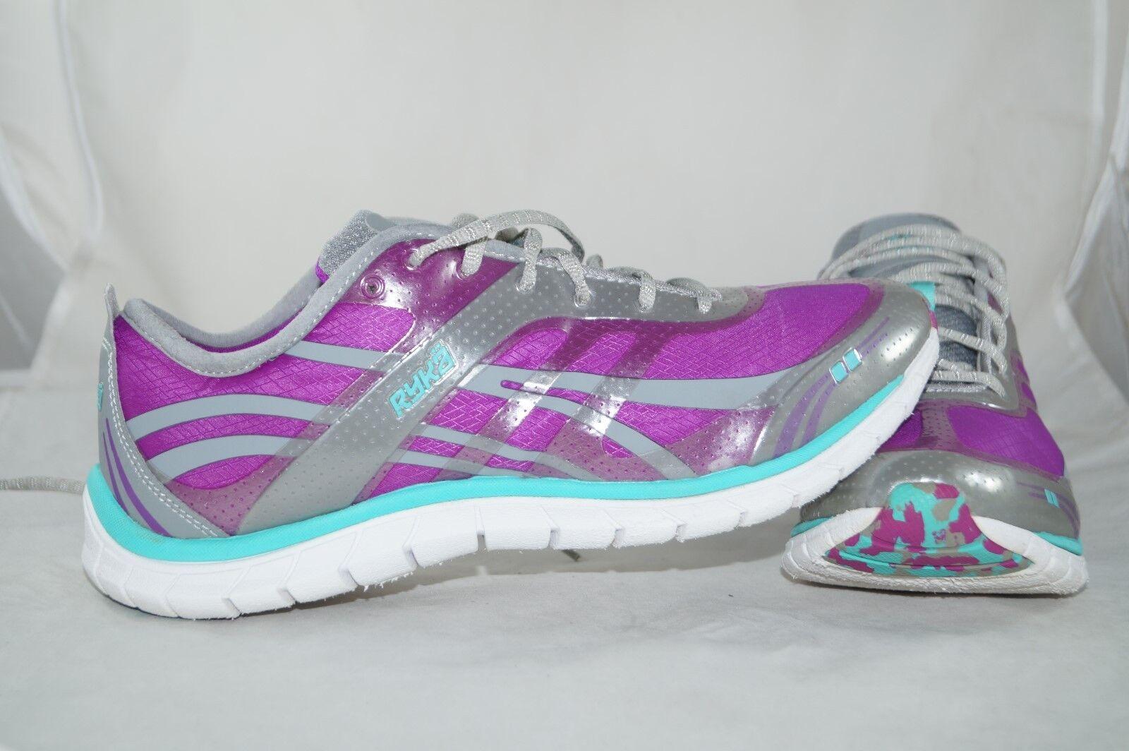 detailing 74faf 12e43 Nike Donna Calze Dart Scarpe da Corsa 848475 100 100 100 Scarpe da Tennis  Svendita 141f6d