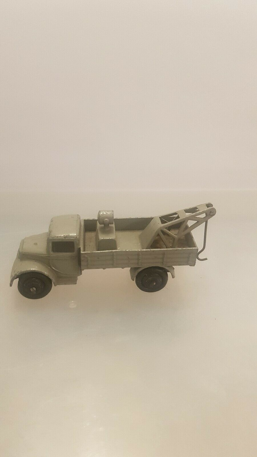 DINKY PICK UP TRUCK-EARLY EXAMPLE          D 41
