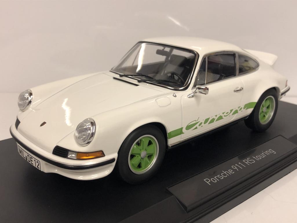 Porsche 911 Rs Touring 1973 1973 1973 Weiß und Grün 1 18 Maßstab Norev 187636 a9ae0c
