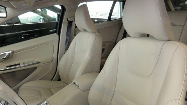 Volvo V60 2,0 D3 150 Momentum aut. - billede 5