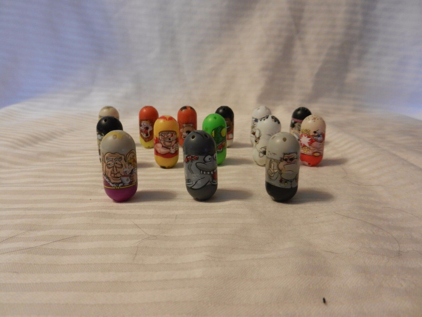 Set of 14 Mighty Beanz 2010 Series 1 Mixed Set with Boxer Basketball & Football