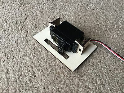 1/8 3mm PLYWOOD SERVO / RADIO MOUNTING TRAY RIGHT ANGLE OR FLAT, WING MOUNTED