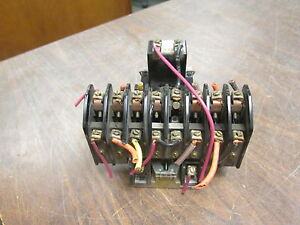 Square-D-Lighting-Contactor-8903-LL0-80-120V-Coil-20A-250VDC-Used
