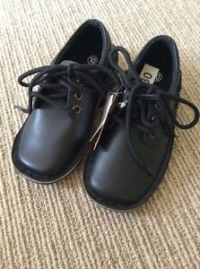 Quality-Leather-Black-Lace-Up-School-Shoes-By-Bata-Size-10-Toddler-Rrp-30