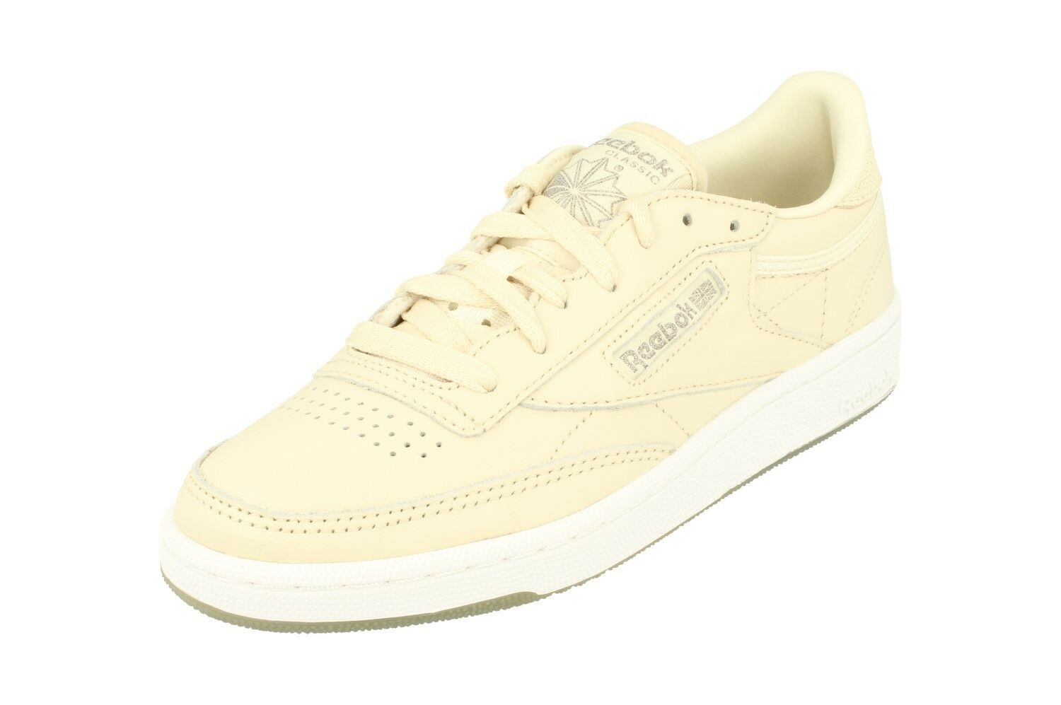 Reebok Classic Club C 85 Metals Damenschuhe Trainers Sneakers BD5406