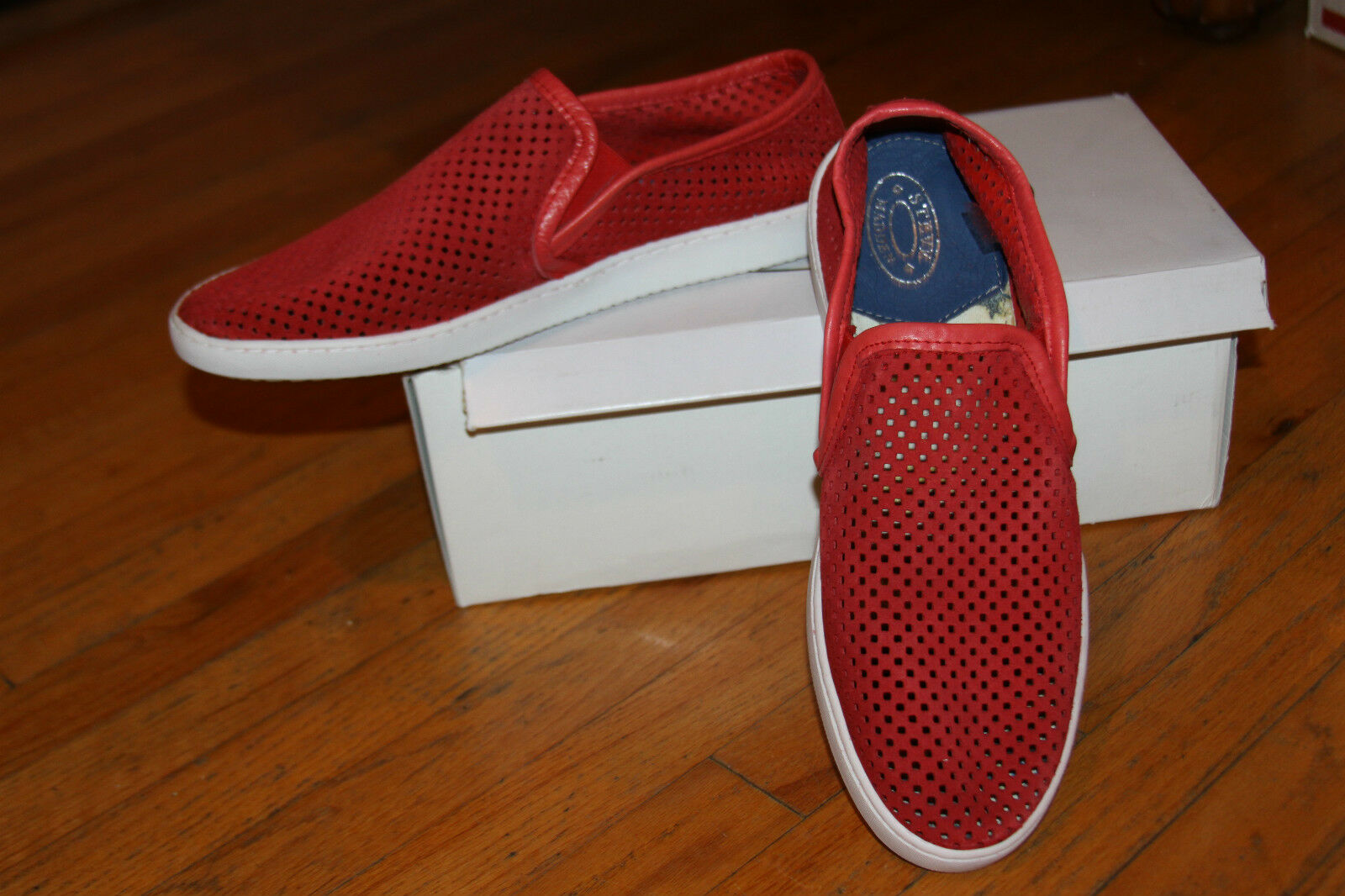 STEVE MADDEN PUNCH RED SUEDE SLIP-ON MEN'S SHOE SZ 11
