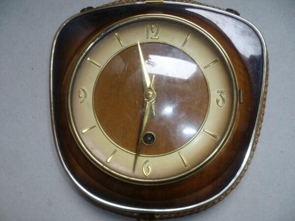 Aktiv Ältere Schöne,seltene, Kleine Wand - Uhr ,,.mech ,,zum Aufziehen
