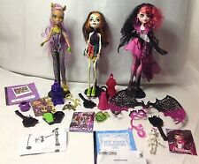 Lot 3 Monster High Dolls + Accessories Clothes Shoes Stands Jewelry -Barbie Size