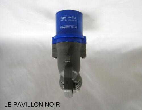 200//250 V~ IP44-16 A 2P+T Fiche Coudée Legrand 520 62 Hypra