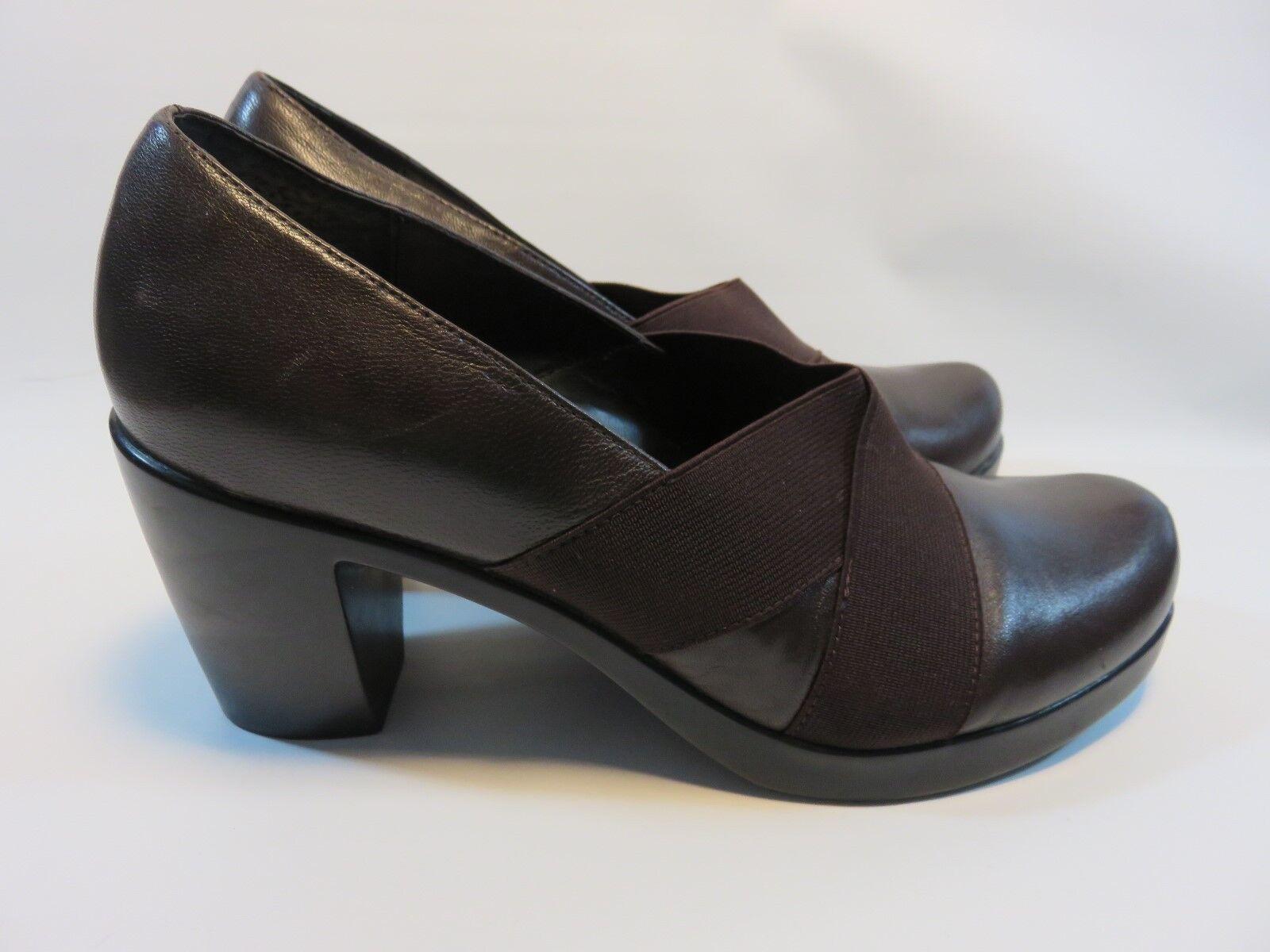 DANSKO Chocolate Brown Classic Leather Heels Women's Size 38.5 EUC