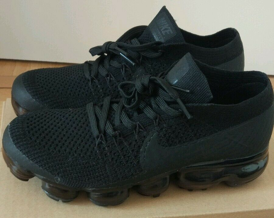 Nike Air Vapormax FLYKNIT Triple Black 38