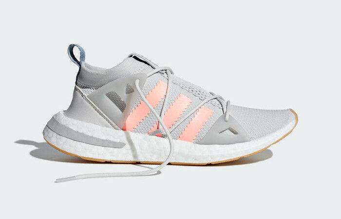 New Adidas Arkyn B37071 Running shoes US7-US8 boost ultraboost ultra stella nmd