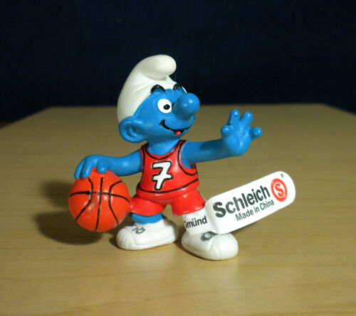 Smurfs 20518 Basketball Smurf Vintage Figure PVC Toy 2002 Schleich Peyo Figurine