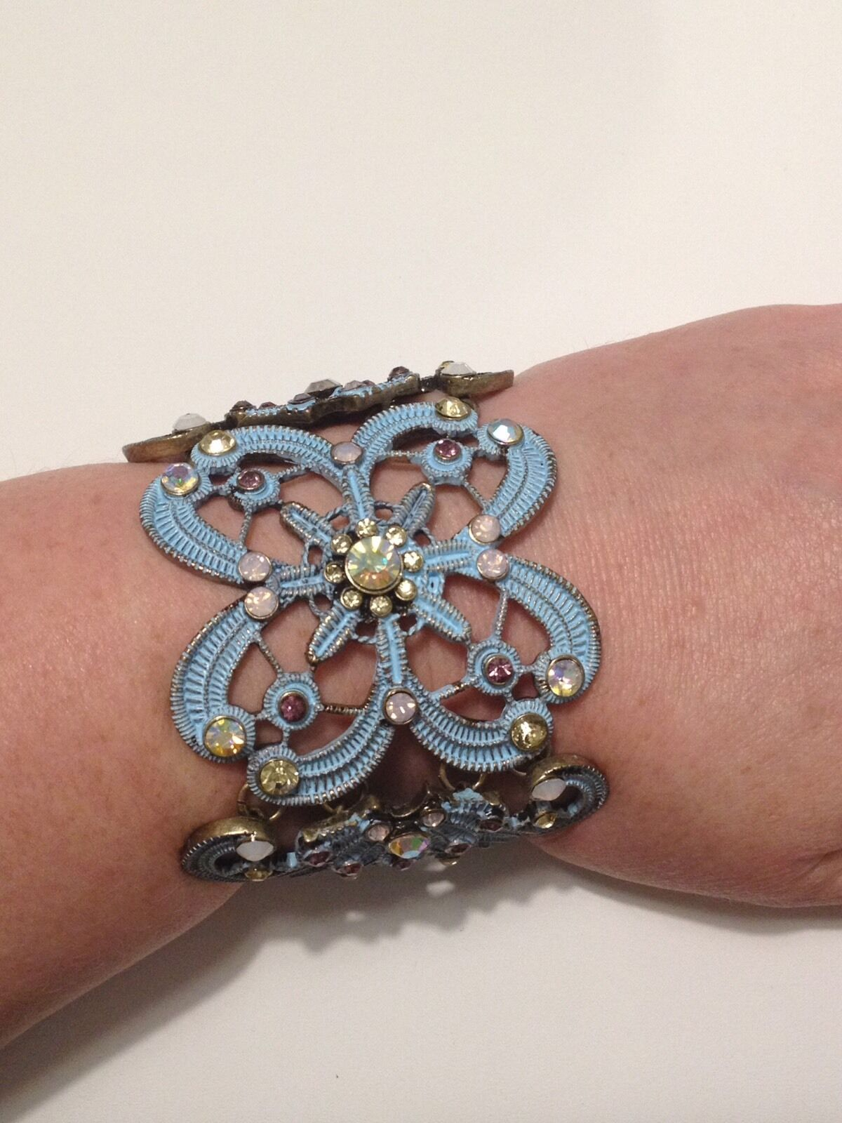 Betsey Johnson Girlie Grunge bluee Hinge Bracelet Retail  78 NWT Authentic