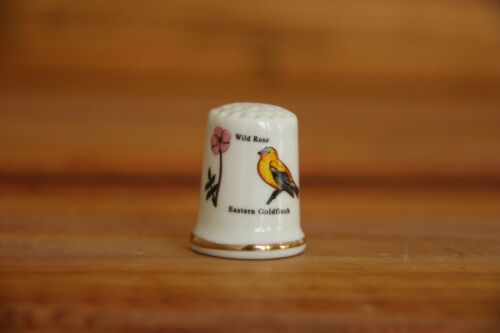 Iowa Porcelain Thimble Brand New Made by Finact Collectibles