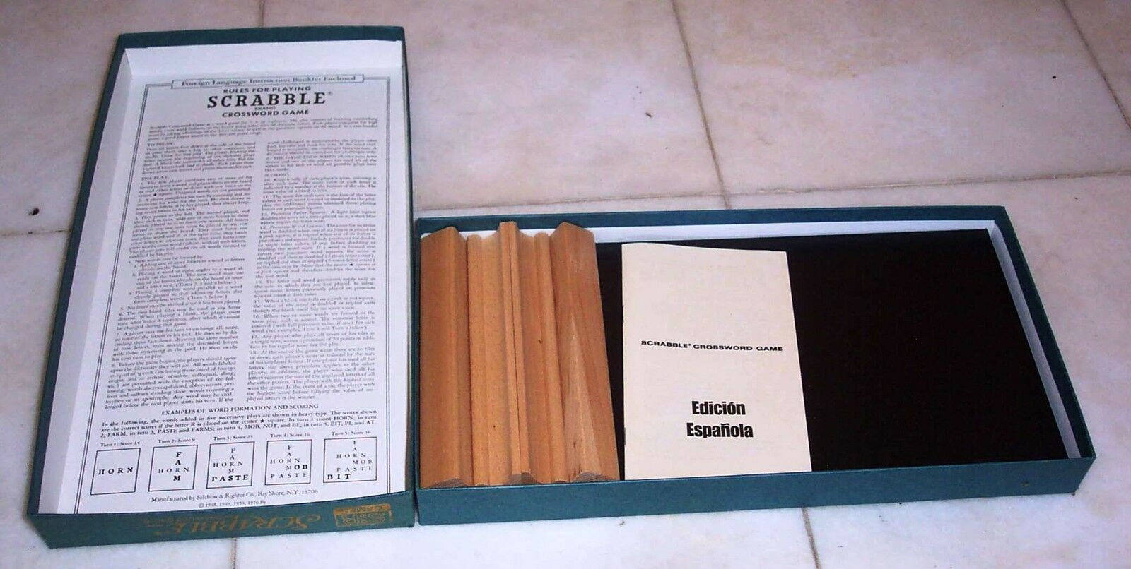 MINT  Vintage Foreign Edition SPANISH SCRABBLE GAME  Selchow & Righter 1976