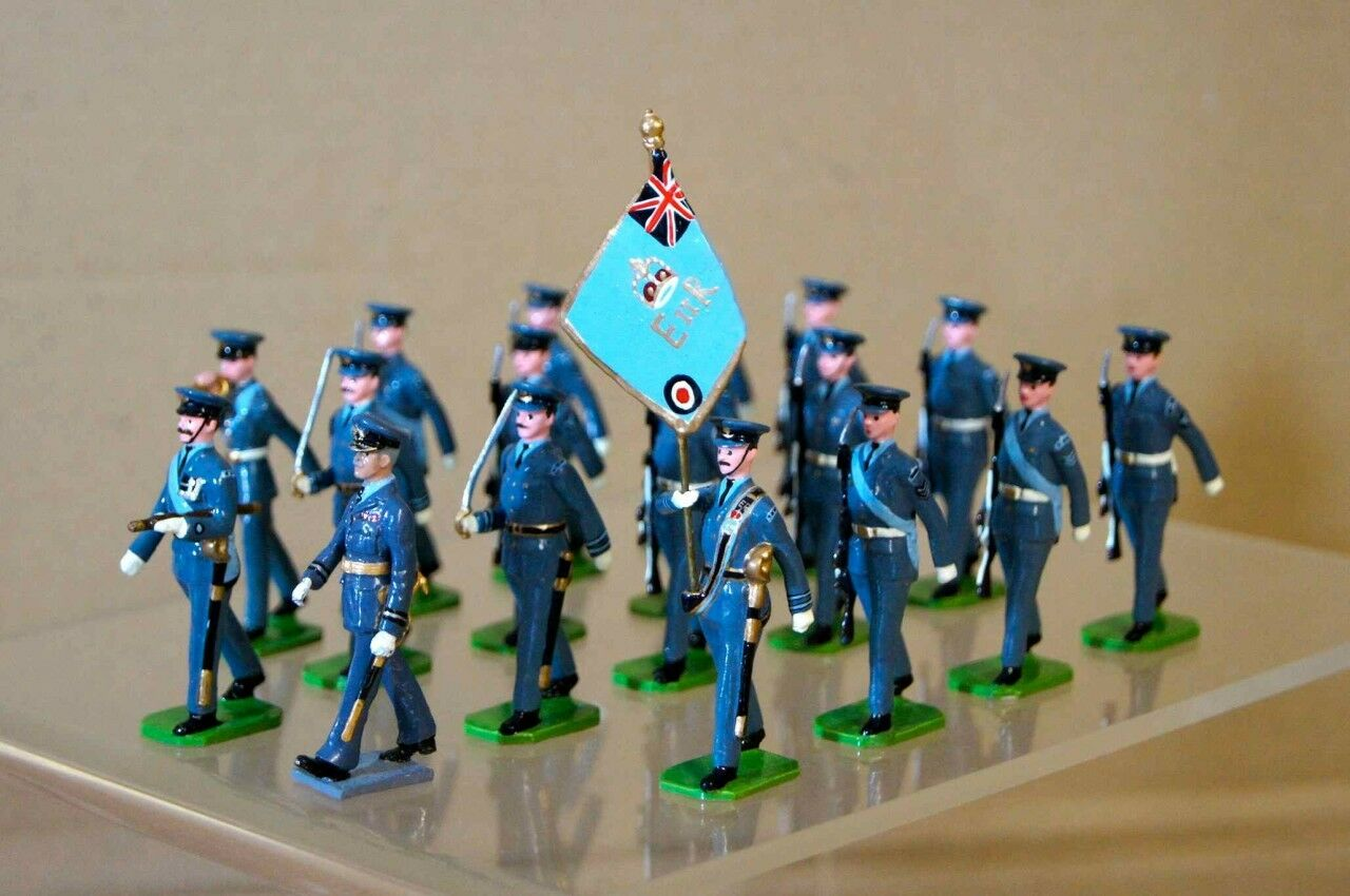 DUCAL ROYAL ROYAL AIR FORCE COLOUR PARTY x 18 of