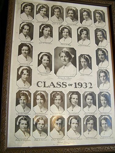 1930'S CHICAGO STUDENT NURSE UNIFORMS & DOCUMENTS
