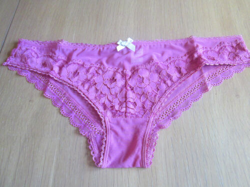 EX M /& S pink low rise Brazilian with key hole back detail knickers size 6