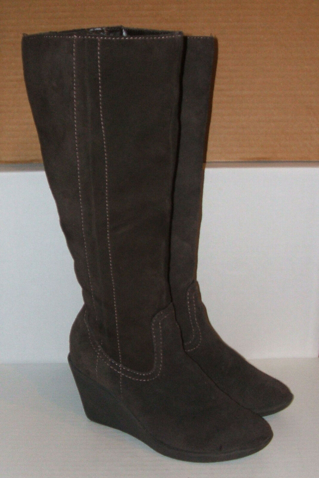 EUROSOFT SOFFT Women's Brown Suede Zip Knee-High Wedge Dress Boots 7.5 M + BONUS