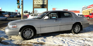 Lincoln Town Car Signature Limited (2007).