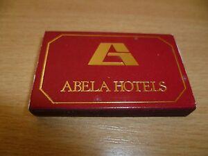 B9-POCHETTE-OU-BOITE-ALLUMETTES-PUB-ABELA-HOTEL