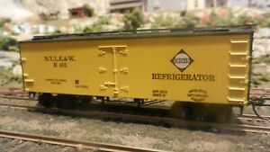 Roundhouse-MDC-Erie-RR-Old-Time-36-039-Reefer-Upgraded-Exc