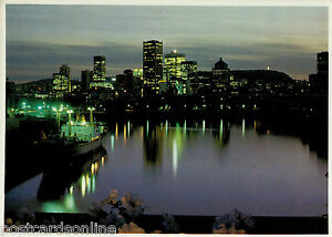 L6942cgt-Canada-Montreal-at-night-postcard