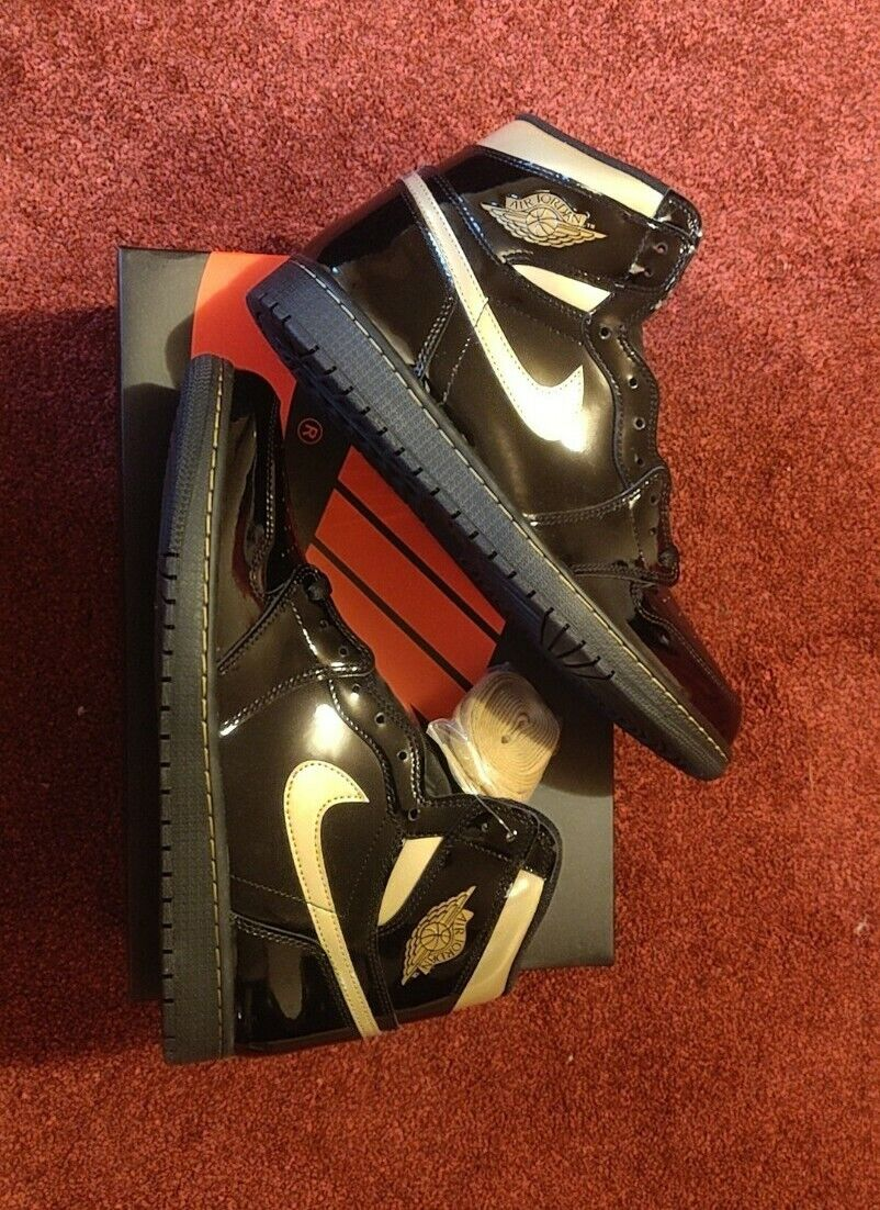 Jordan 1 Retro High Black Metallic Gold 2020 size UK 1111111111