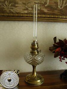 Lampe à petrole réservoir cristal annonces d'achats et de ventes